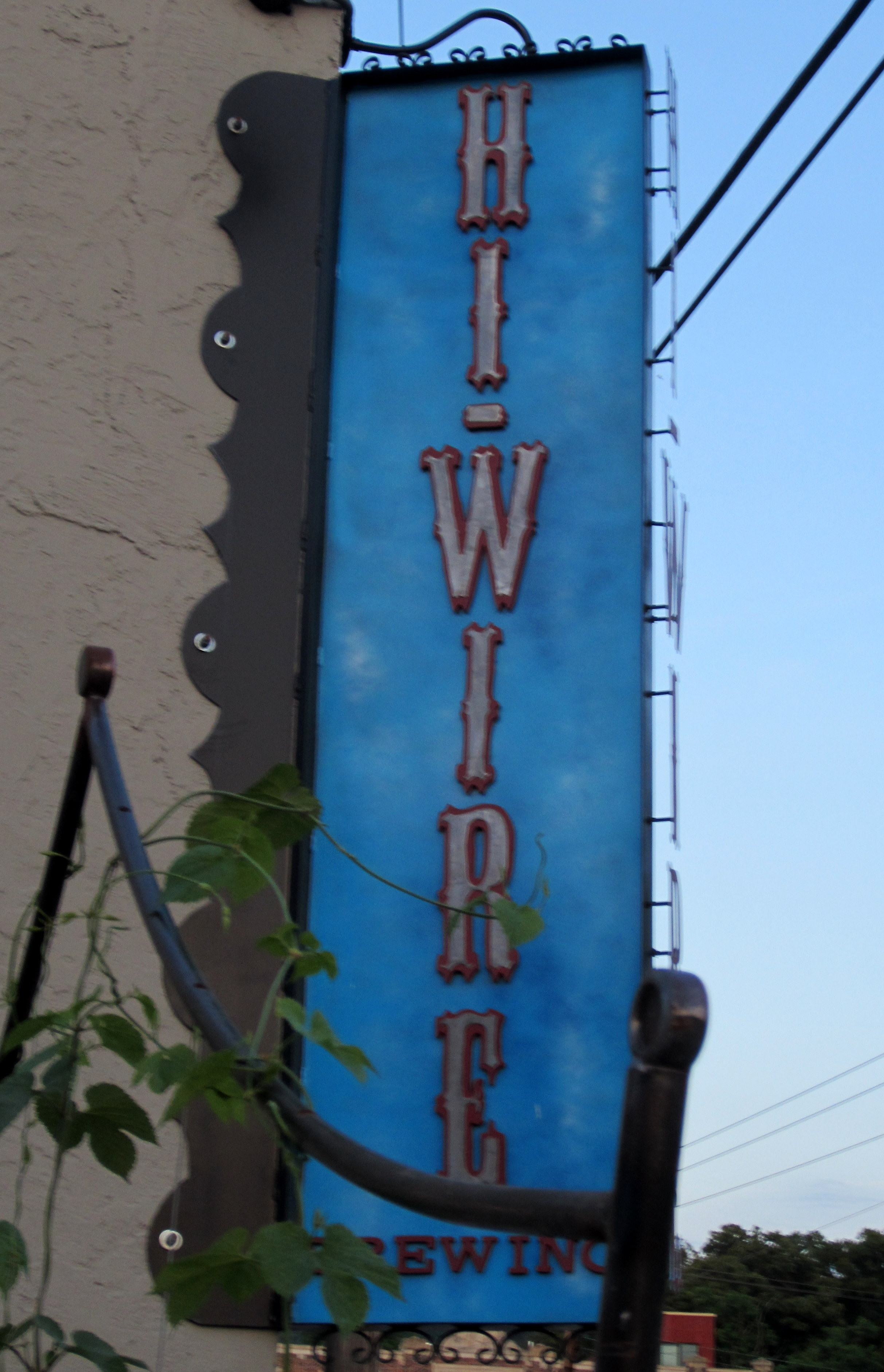 Hitting the Asheville Ale Trail Part 6 – Hi-Wire Brewing – Pat\'s Pints
