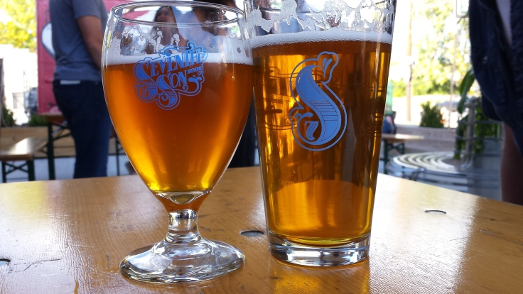Willowood Imperial IPA (left) and Humulus Nimbus Super Pale Ale (right).