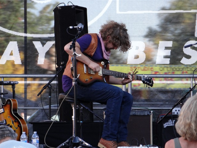 We visited during the fall festival in Bend.  Here the guitarist from Hillstomp lays down some percussive grooves.