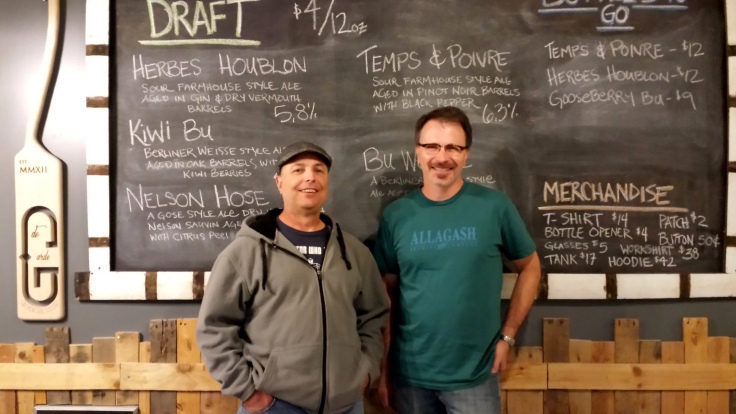 Scott (left), yours truly (right) and most importantly the menu board at de Garde.