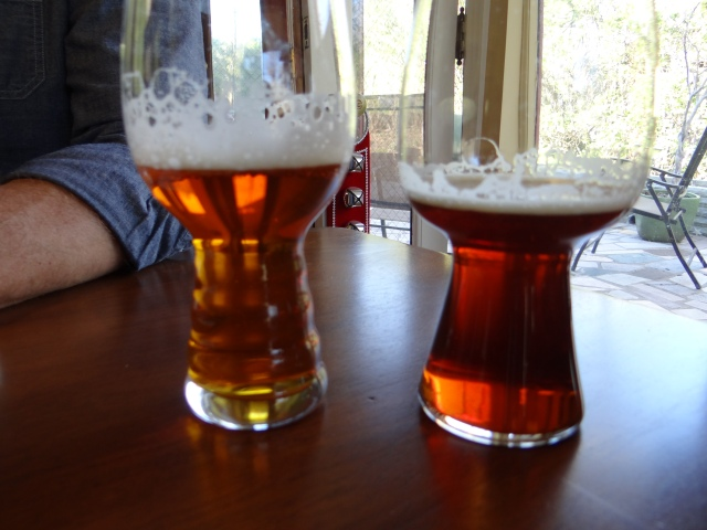 Both the tawny Nugget Nectar (left) and Bone Head Red (right) exhibit excellent head retention.