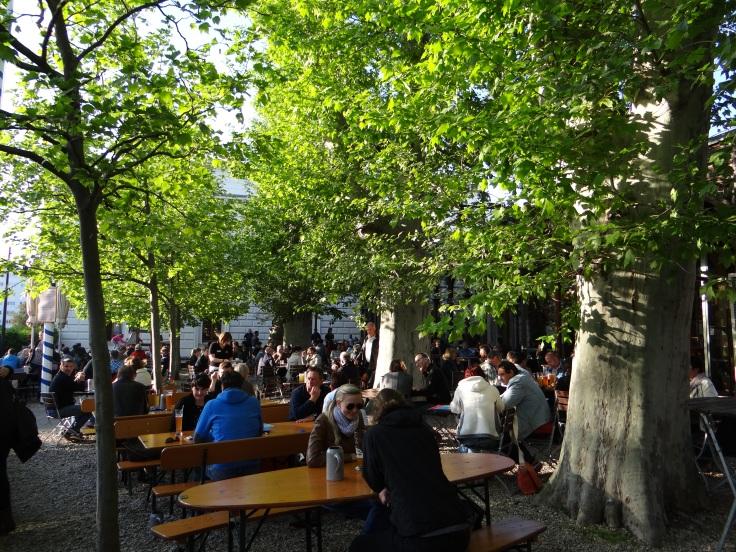 The leafy beer garden at Bayerischer Bahnhof.
