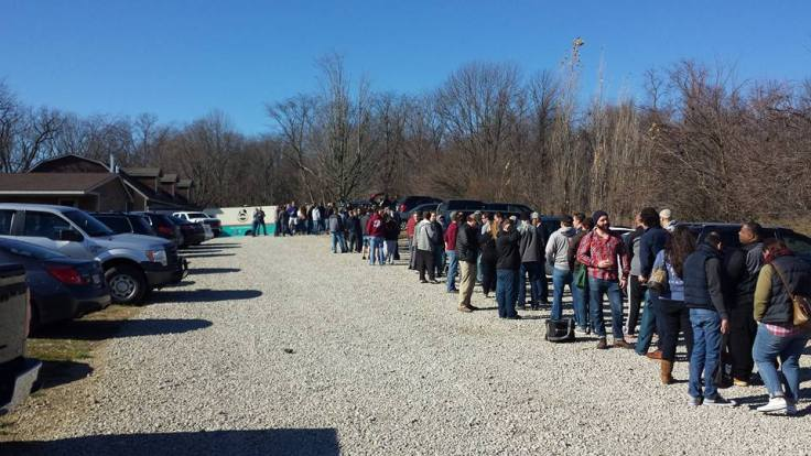The line at Hoof Hearted at 11:30 am thirty minutes before the doors opened. The brewery is located just past the green and white food truck in the distance.